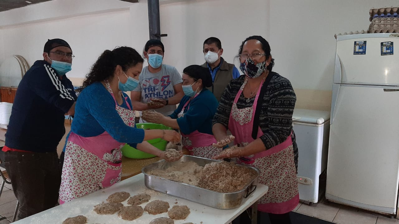 Feeding kids and families in Chile